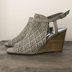 Carlos Santana Suede Wedges New Size 10